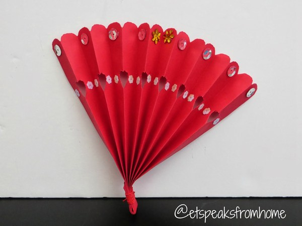 Chinese New Year Fan - ET Speaks From Home